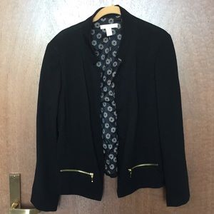 Black Chico's jacket with zipper pockets